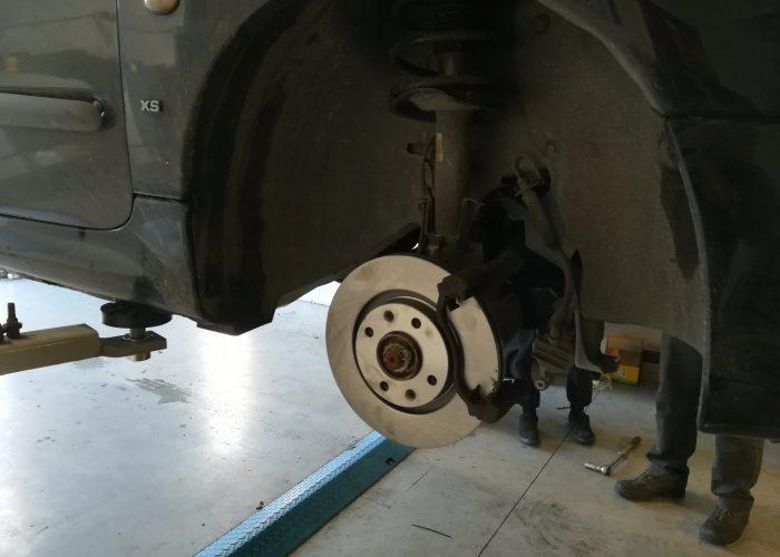 Montage et équilibrage des pneus